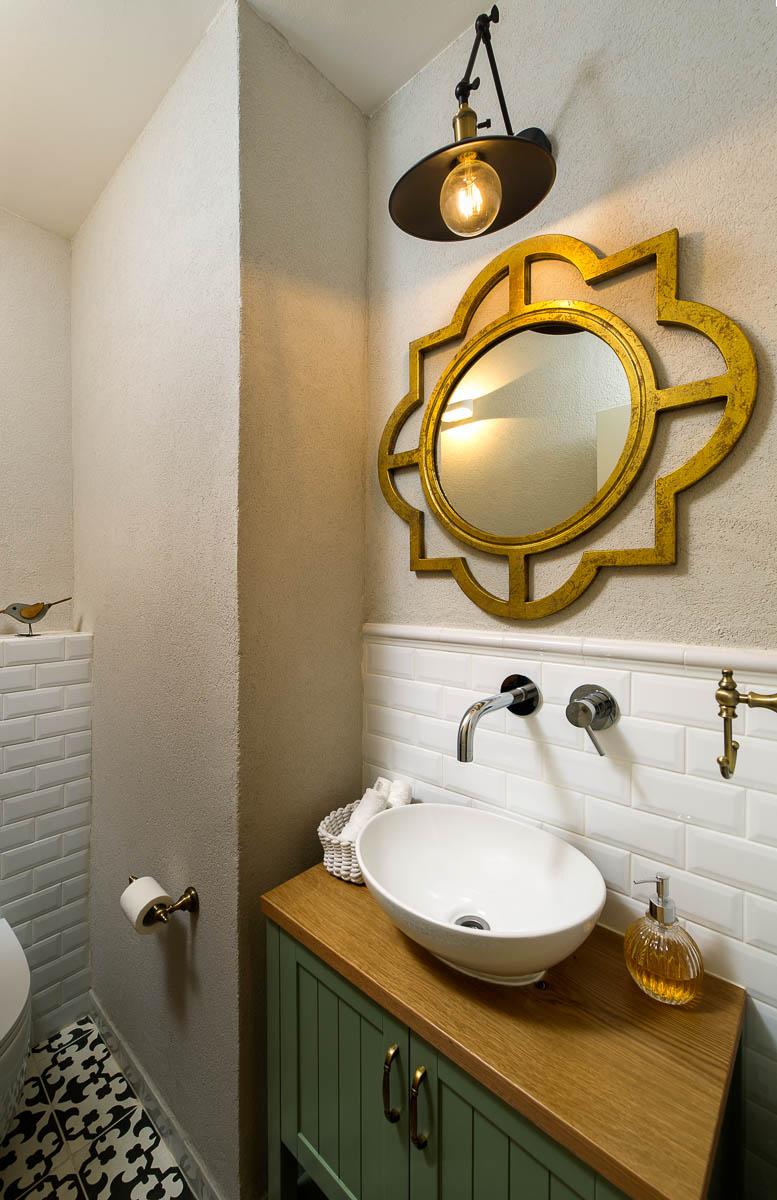 תכנון ועיצוב פנים חדרי אמבטיה ושירותים בדירה ביהוד 9