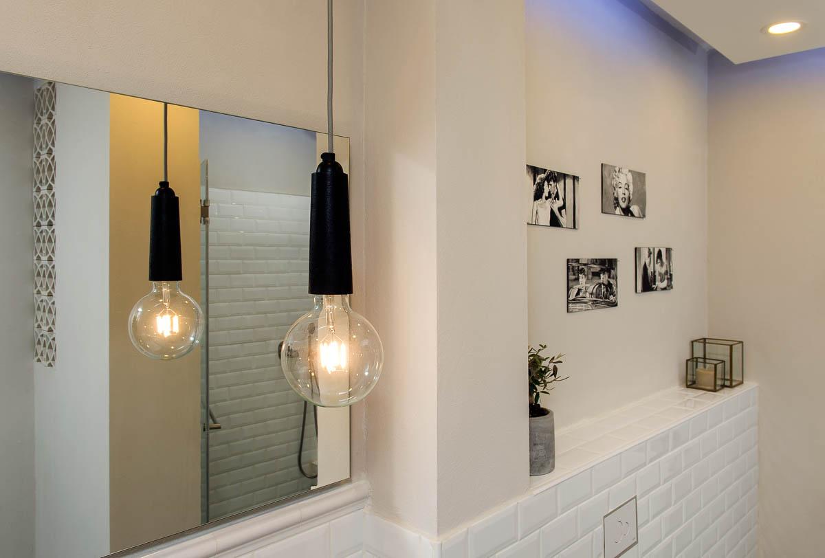 תכנון ועיצוב פנים חדרי אמבטיה ושירותים בדירה ביהוד 5