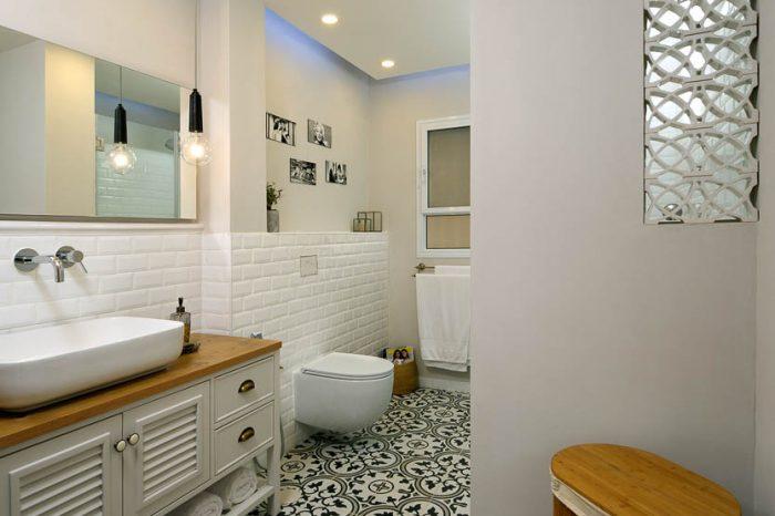 תכנון ועיצוב פנים חדרי אמבטיה ושירותים בדירה ביהוד 1